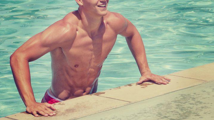 水泳でトレーニング